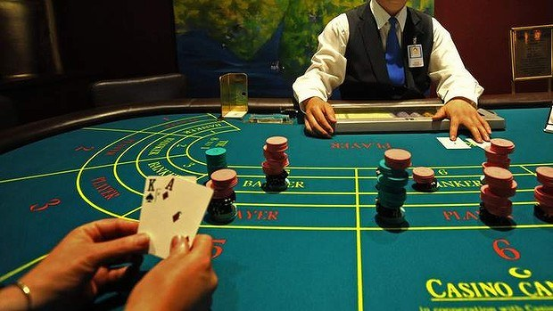 Earn Easy Money By Playing Baccarat!