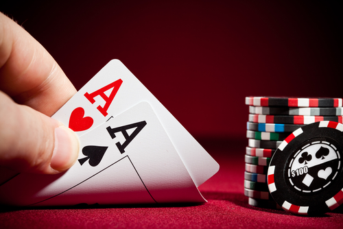 Play PKV Games Poker City to Win the Jackpot