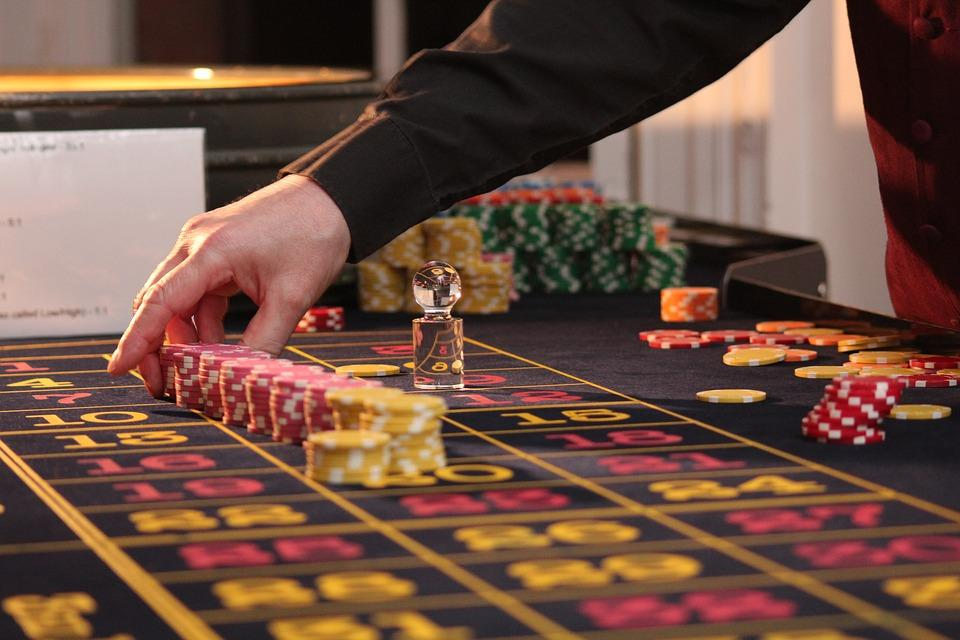 Choosing Out the Right Casinos Online.